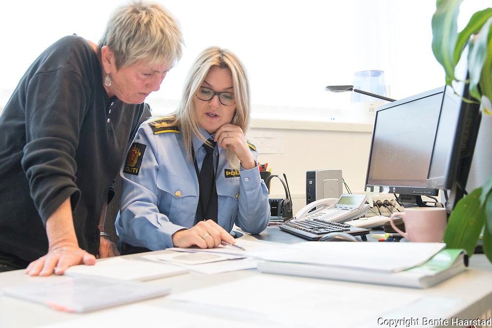 Støttesenteret for fornærmede i straffesaker er lokalisert til Politihuset i Trondheim, og Hanne Haugen, daglig leder ved Støttesenteret, samarbeider daglig med krimvaktlederen, nærmere bestemt med politioverbetjent Wenche Johnsen.