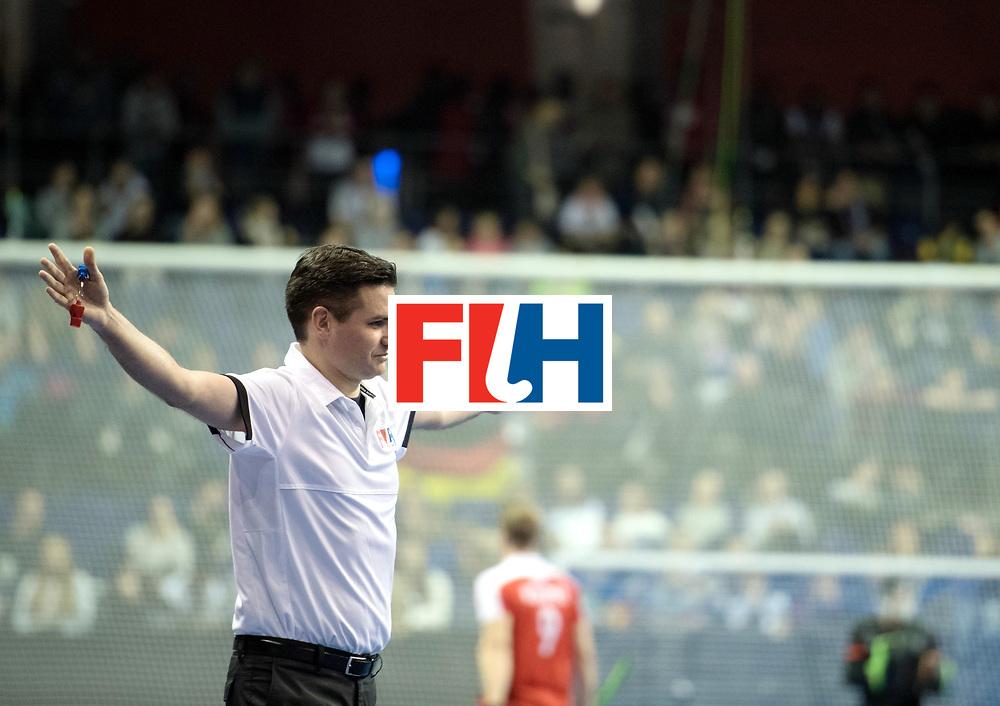 BERLIN - Indoor Hockey World Cup<br /> SF2 Australia - Austria<br /> foto: Umpire Ben Goentgen<br /> WORLDSPORTPICS COPYRIGHT FRANK UIJLENBROEK