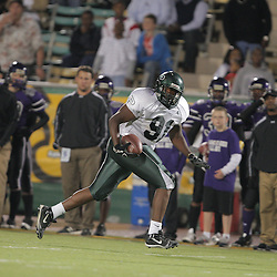 07 November 2008: Ponchatoula Green Wave DL Trey Howard (#91) The Ponchatoula Green Wave defeated District 7-5A rival the Hammond Tornados 34-13 at Strawberry Stadium in Hammond, LA . The Green Wave with the win clinched a spot in the 2008 playoffs.