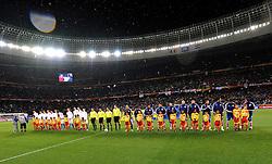 Football - soccer: FIFA World Cup South Africa 2010, Italy (ITA) - Paraguay (PRY), LE DUE FORMAZIONI SCHIERATE DURANTE L' ESECUZIONE DEGLI INNI