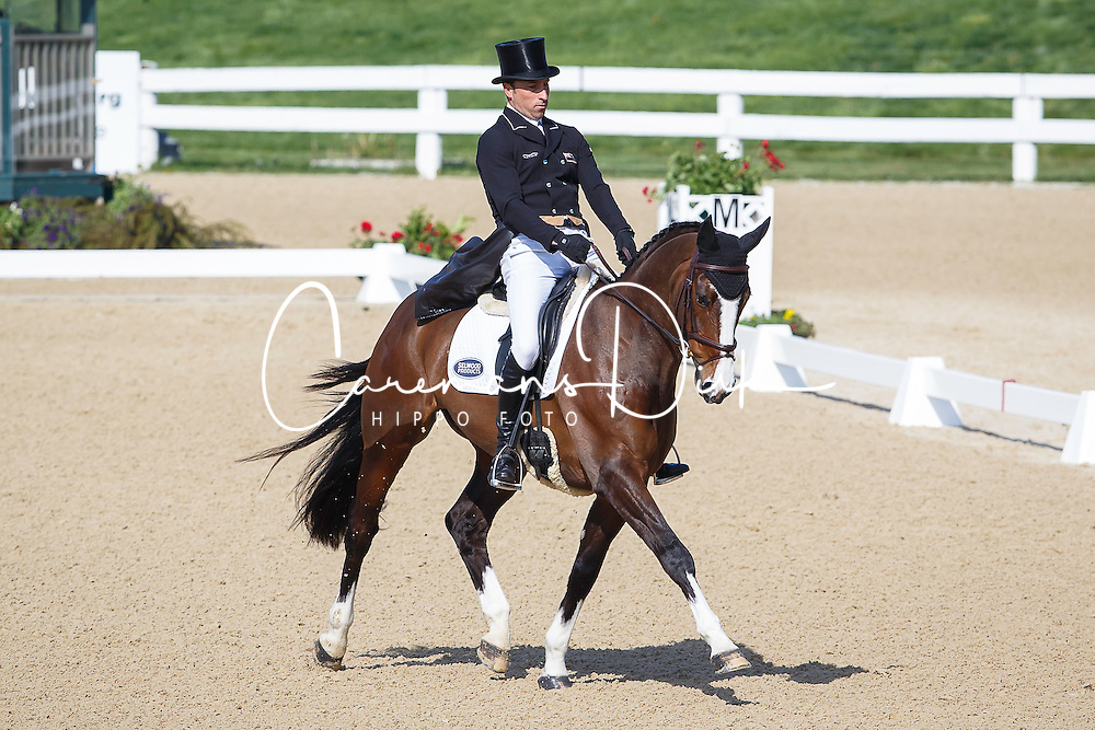 Price Tim, (NZL), Wesko<br /> Rolex Kentucky Three Day Event CCI4* <br /> Lexington 2015<br /> © Hippo Foto - Libby Law<br /> 26/04/15