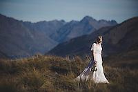 krystal & alfred queenstown bridal shoot coronet peak wedding photos by felicity jean photography destination weddings