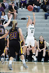 12 December 2015:  Amanda Kelly during an NCAA women's basketball game between the Wisconsin Stevens Point Pointers and the Illinois Wesleyan Titans in Shirk Center, Bloomington IL