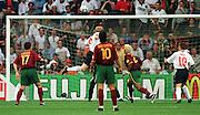 EURO 2000 ENGLAND V PORTUGAL (2-3) EINDHOVEN PHOTO ROGER PARKER PAUL SCHOLES PUTS ENGLAND 1-0 AHEAD