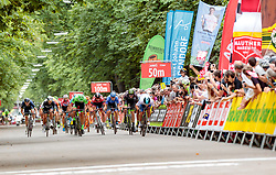03.07.2017, Wien, AUT, Ö-Tour, Österreich Radrundfahrt 2017, 1. Etappe von Graz nach Wien (193,9 km), im Bild Elia Viviani (ITA, Nationale Italiana) gewinnt den Zielsprint // Elia Viviani (ITA Nationale Italiana right) wins during the 1st stage from Graz to Vienna (193,9 km) of 2017 Tour of Austria. Wien, Austria on 2017/07/03. EXPA Pictures © 2017, PhotoCredit: EXPA/ JFK