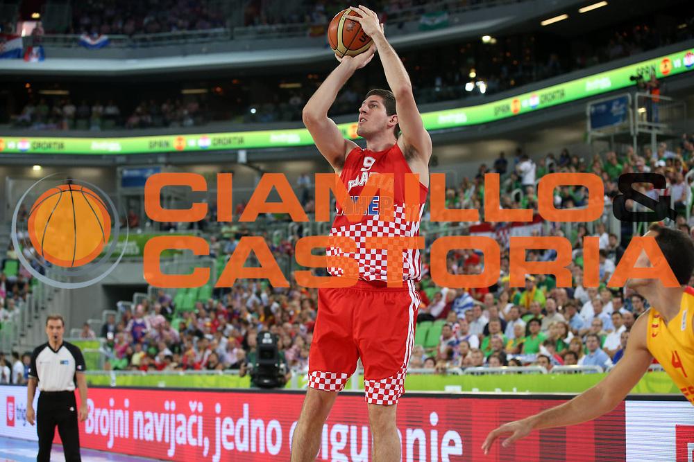 DESCRIZIONE : Lubiana Ljubliana Slovenia Eurobasket Men 2013 Finale Terzo Quarto Posto Spagna Croazia Final for 3rd to 4th place Spain Croatia<br /> GIOCATORE : Damjan Rudez<br /> CATEGORIA : tiro shot<br /> SQUADRA : Croazia Croatia<br /> EVENTO : Eurobasket Men 2013<br /> GARA : Spagna Croazia Spain Croatia<br /> DATA : 22/09/2013 <br /> SPORT : Pallacanestro <br /> AUTORE : Agenzia Ciamillo-Castoria/ElioCastoria<br /> Galleria : Eurobasket Men 2013<br /> Fotonotizia : Lubiana Ljubliana Slovenia Eurobasket Men 2013 Finale Terzo Quarto Posto Spagna Croazia Final for 3rd to 4th place Spain Croatia<br /> Predefinita :