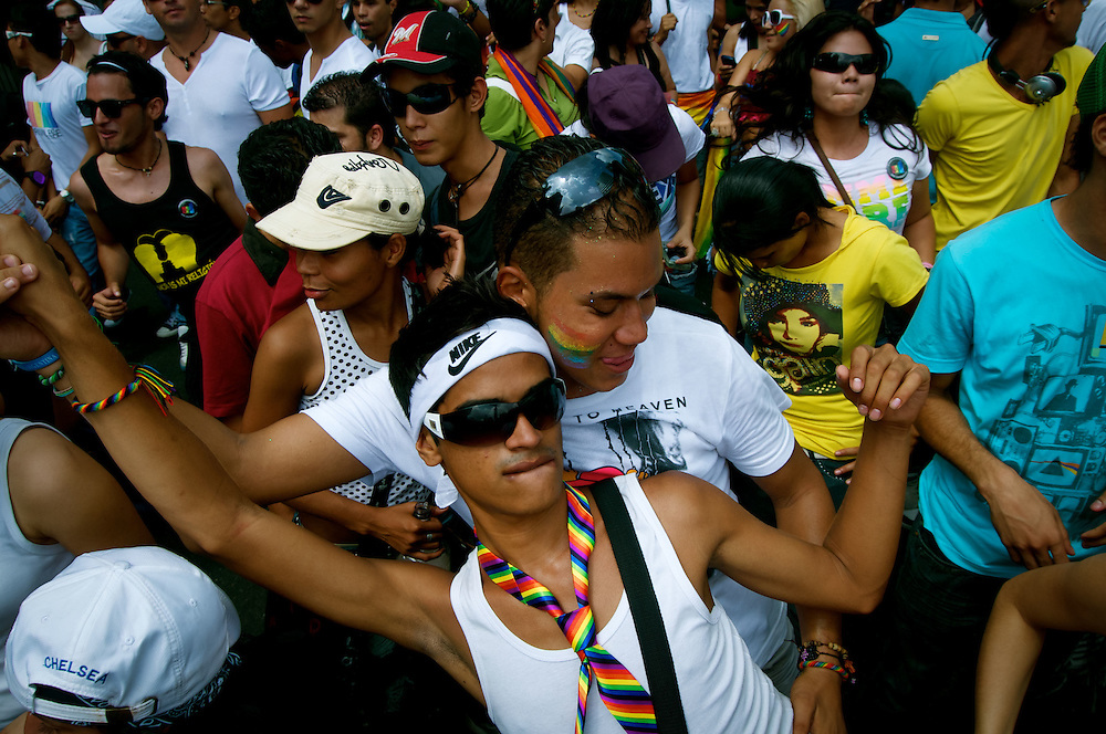 GAY PRIDE PARADE / MARCHA DEL ORGULLO GAY<br /> Photography by Aaron Sosa<br /> Caracas - Venezuela 2010<br /> (Copyright &copy; Aaron Sosa