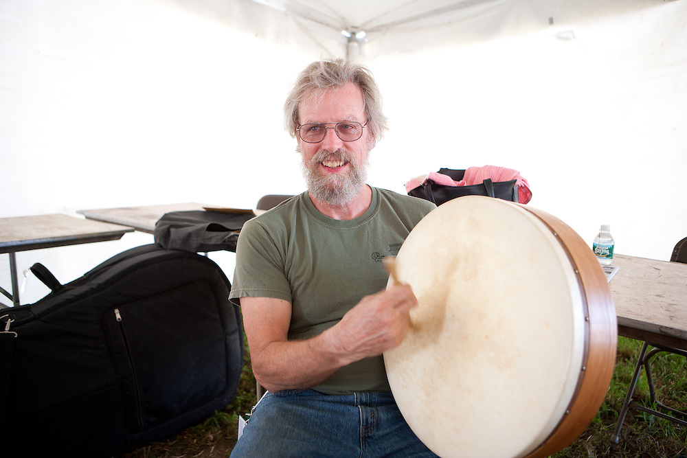 Bill Molloy backstage on irish drum