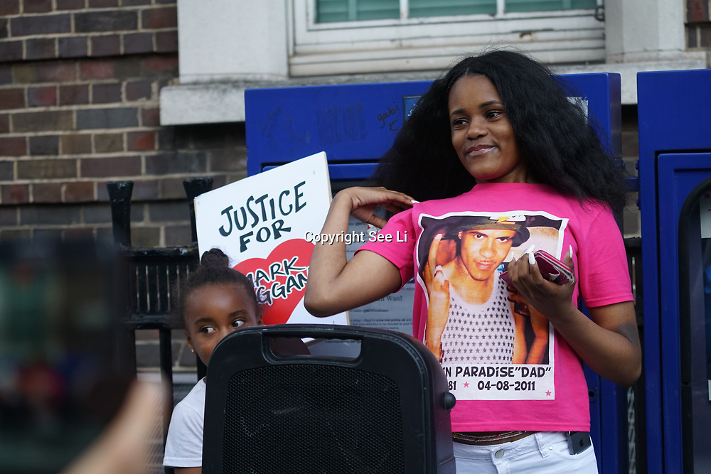 Tottenham Police Station, London, UK. 4th August 2017. Mark Duggan daughter speaks for Justice for Mark Duggan protest march for the 6th Anniversary Vigil.
