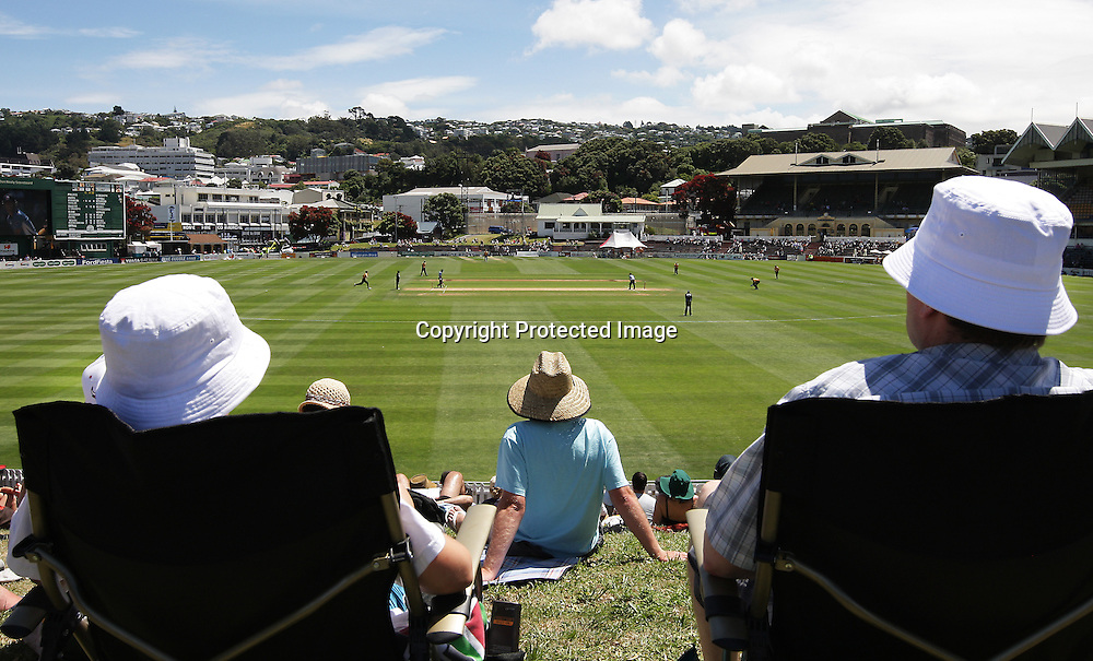 Spectator eye view, during their Twenty20 Cricket match - HRV Cup, Wellington Firebirds v Auckland Aces, 28 December 2011, Hawkins Basin Reserve, Wellington. . PHOTO: Grant Down / photosport.co.nz