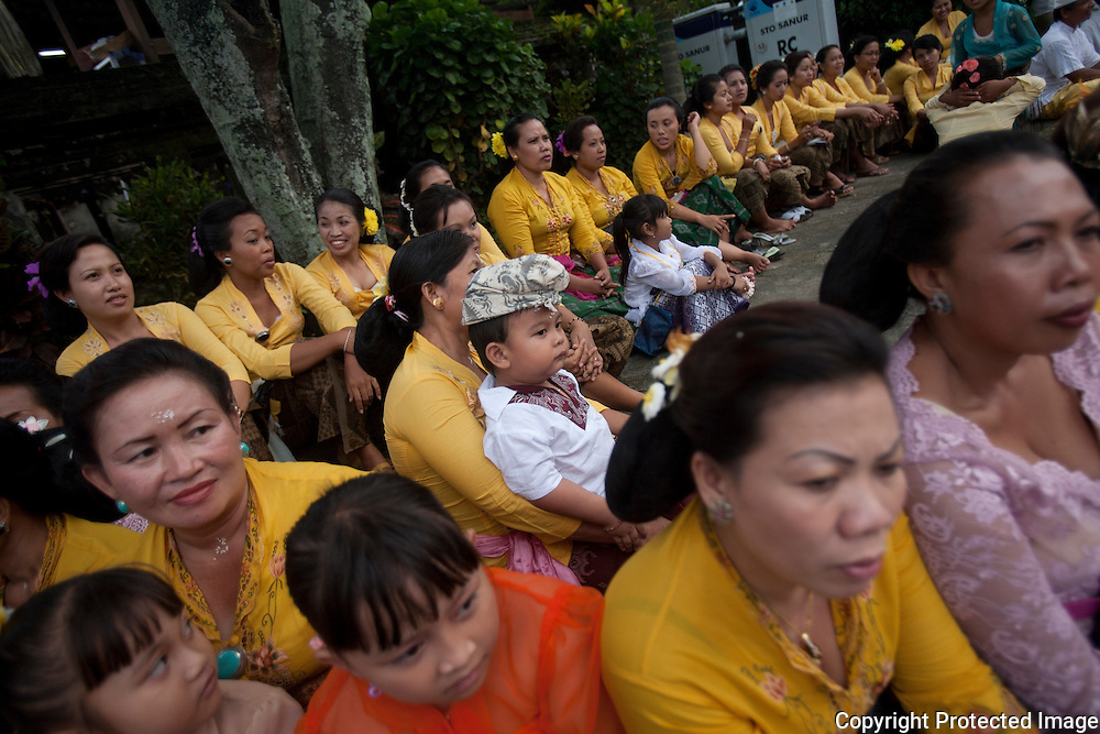 Balinese  celebrate the day before Nyepi known as Tawur Kesanga or Pengerupuk at a temple in Sanur. It is the day on which evil spirits are driven away. The villages and neighborhoods are cleaned, food is cooked for 2 days and at dusk people start to bang pots and pans and carry torches through their houses. Then they go outside joining with others to make fearful sounds and sprinkling rice over the alleyways and roads
