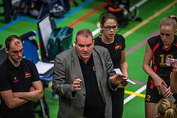 14-01-2017 NED: vv Utrecht - US Amsterdam, Utrecht<br /> vv Utrecht verslaat US met 3-1 / Trainer/coach Arjen Schimmel