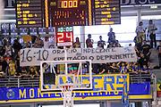 DESCRIZIONE : Ancona Lega A 2012-13 Sutor Montegranaro SAIE3 Bologna<br /> GIOCATORE : tifosi<br /> CATEGORIA : tifosi curva<br /> SQUADRA : Sutor Montegranaro<br /> EVENTO : Campionato Lega A 2012-2013 <br /> GARA : Sutor Montegranaro SAIE3 Bologna<br /> DATA : 13/10/2012<br /> SPORT : Pallacanestro <br /> AUTORE : Agenzia Ciamillo-Castoria/C.De Massis<br /> Galleria : Lega Basket A 2012-2013  <br /> Fotonotizia : Ancona Lega A 2012-13 Sutor Montegranaro SAIE3 Bologna<br /> Predefinita :