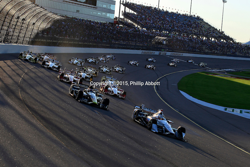 17-18 July, 2015, Newton, Iowa USA<br /> Helio Castroneves leads at the start<br /> &copy;2015, Phillip Abbott<br /> LAT Photo USA