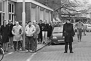 Nederland,Vlissingen, 15-11-1985 Koninklijke Schelde Groep. Voorheen Koninklijke Maatschappij de Schelde. Het personeel  van het kantoor heeft lunchpauze.Foto: Flip Franssen/Hollandse Hoogte