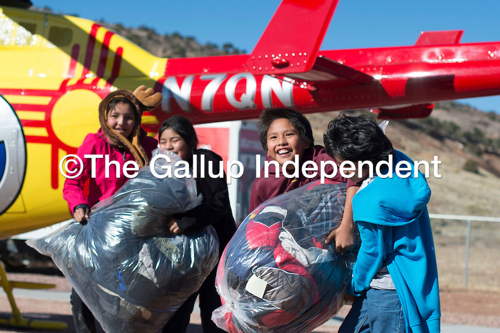 Coats for Kids 111715 | Gallup Independent