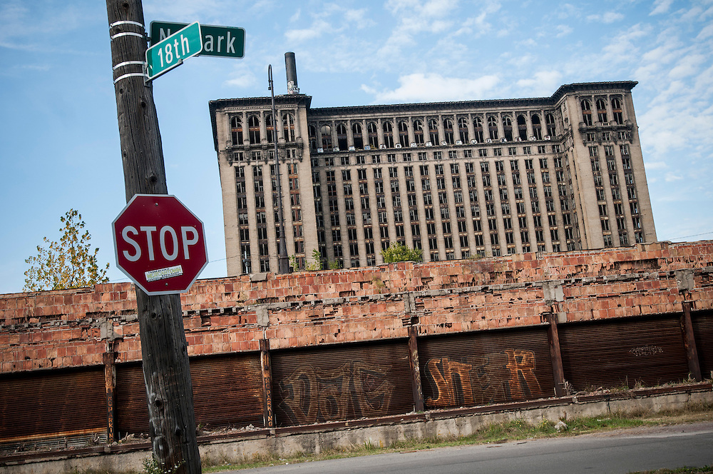Michigan Central Station, built by the same architects as New York's Grand Central in 1912-13, seen at night. The building was closed in 1988 and has been abandoned and looted for all valuables since then.
