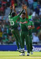 Cricket - 2019 ICC Cricket World Cup - Group Stage: South Africa vs. Bangladesh<br /> <br /> Bangladesh's Mustafizur Rahman congratulated by Mehidy Hasan but the decision was overturned, at The Kia Oval.<br /> <br /> COLORSPORT/ASHLEY WESTERN