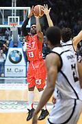 DESCRIZIONE : Caserta campionato serie A 2013/14 Pasta Reggia Caserta EA7 Olimpia Milano<br /> GIOCATORE : Keith Langford<br /> CATEGORIA : tiro three points<br /> SQUADRA : EA7 Olimpia Milano<br /> EVENTO : Campionato serie A 2013/14<br /> GARA : Pasta Reggia Caserta EA7 Olimpia Milano<br /> DATA : 27/10/2013<br /> SPORT : Pallacanestro <br /> AUTORE : Agenzia Ciamillo-Castoria/GiulioCiamillo<br /> Galleria : Lega Basket A 2013-2014  <br /> Fotonotizia : Caserta campionato serie A 2013/14 Pasta Reggia Caserta EA7 Olimpia Milano<br /> Predefinita :