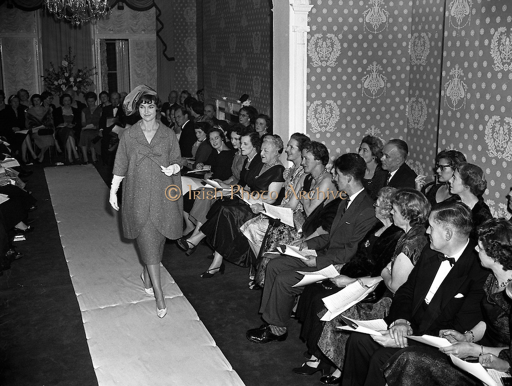 Sybil Connolly Fashion Show at New Premises at Merrion Sq..17/01/1958. irish