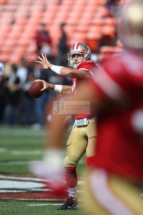 San Francisco, CA - August 20 :   Alex Smith #11 of the San Francisco 49ers warms up against the Oakland Raiders on August 2011, 2011 in San Francisco, California.  (Photo by Jed Jacobsohn)