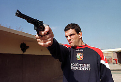 LIONS CAPTAIN MARTIN JOHNSON PUTS IN SOME SHOOTING PRACTICE IN VANDERBIJLPARK, AHEAD OF THE THIRD AND FINAL TEST IN JOHANNESBURG.LIONS RUGBY UNION TOUR TO SOUTH AFRICA 1997