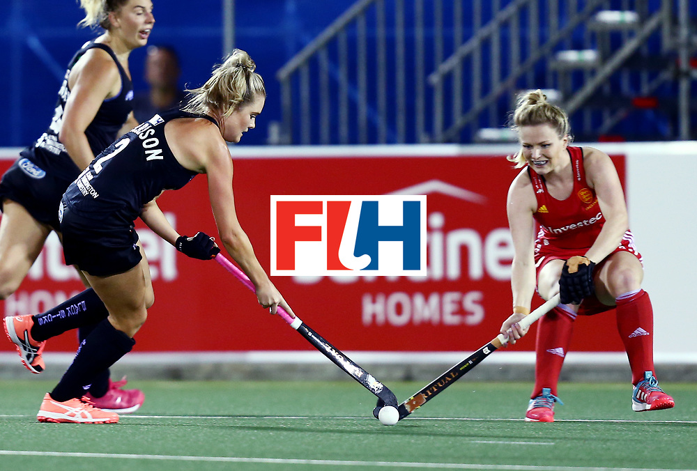 New Zealand, Auckland - 24/11/17  <br /> Sentinel Homes Women&rsquo;s Hockey World League Final<br /> Harbour Hockey Stadium<br /> Copyrigth: Worldsportpics, Rodrigo Jaramillo<br /> Match ID: 10310 - ENG-NZL<br /> Photo: (2) HARRISON Samantha against (20) PEARNE-WEBB Hollie