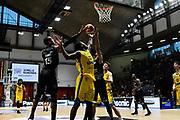 rimbalzo<br /> vanoli cremona - dolomiti trento<br /> Legabasket Serie A 2017/18<br /> Brescia, 15/04/2018<br /> Foto G.Checchi / Ciamillo-Castoria