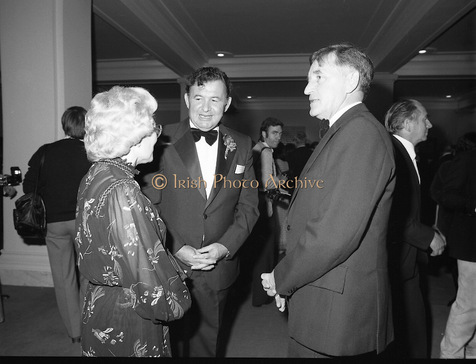 State Opening Of The National Concert Hall. (N92)..1981..09.09.1981..9th September 1981..The President ,Dr Patrick Hillery, officially opened the new National Concert Hall,Earlsfort Terrace, Dublin. The state opening was followed by the premier concert performed by the Radio Telefís Eireann Symphony Orchestra with a large cast of soloists, choirs and the RTESO leader Audrey Park and conducted by RTE's Principal conductor Colman Pearce...Image shows that Mr Fred O'Donovan (centre), Chairman, National Concert Hall Committee, was on hand to greet the invited dignitaries to the Grand Opening.