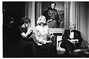 Lee Thaw and Nan Kempner, Liliane de Rothschild gallery dinner, 9th November 1989© Copyright Photograph by Dafydd Jones 66 Stockwell Park Rd. London SW9 0DA Tel 020 7733 0108 www.dafjones.com