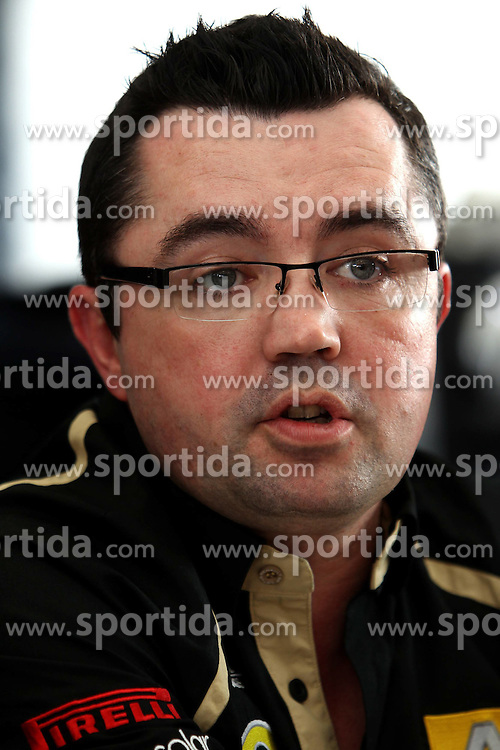 11.02.2011, Street Circuit. Jerez, ESP, Formel 1 Test 2 Valencia 2011,  im Bild Eric Boullier (FRA), Team Chef Renault F1 Team EXPA Pictures © 2011, PhotoCredit: EXPA/ nph/   poleposition.at        +++++ only AUT and SLO