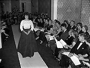 Sybil Connolly Fashion Show at New Premises at Merrion Square, Dublin, Ireland. 17/01/1958.<br />