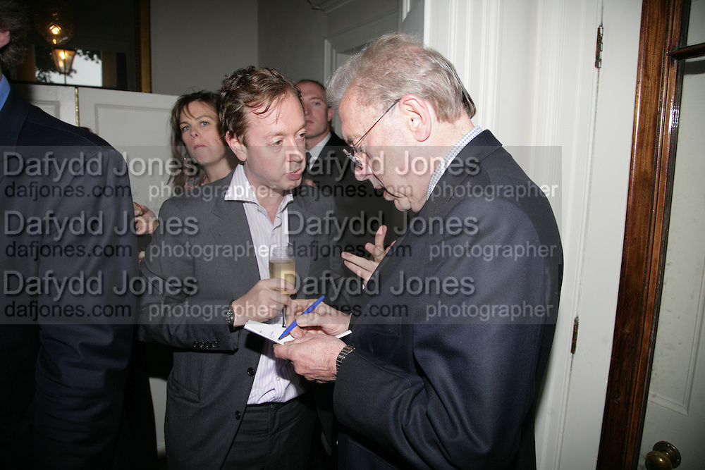 GEORDIE GREIG AND SIR DAVID FROST, Tatler Summer party. Home House. Portman Sq. London. 27 June 2007.  -DO NOT ARCHIVE-© Copyright Photograph by Dafydd Jones. 248 Clapham Rd. London SW9 0PZ. Tel 0207 820 0771. www.dafjones.com.
