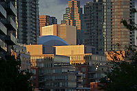 A skyline view of Toronto, Canada showing the dense development of the Habourfront nieghbourhood.