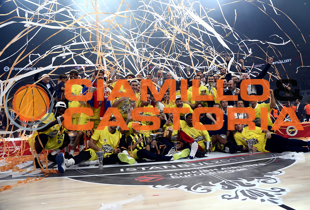 team Fenerbahce Istanbul<br /> Fenerbahce Istanbul - Olympiakos Piraeus<br /> Euroleague Final Four 2017<br /> Finale 1 - 2 Posto<br /> Euroleague 2016/2017<br /> Istanbul, 21/05/2017<br /> Foto M.Ceretti / Ciamillo - Castoria