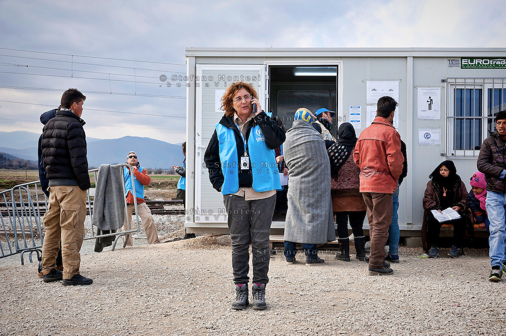 Alessandra Morelli,Senior Operations Coordinator in Greece for United Nations High Commissioner for Refugees the Greek-Macedonian border at the village of Idomeni, Greece, 8 Febraury 2016.<br /> Hundreds of refugees arrive at Idomeni and cross the border between Greece and Macedonian on their journey to North Europe.