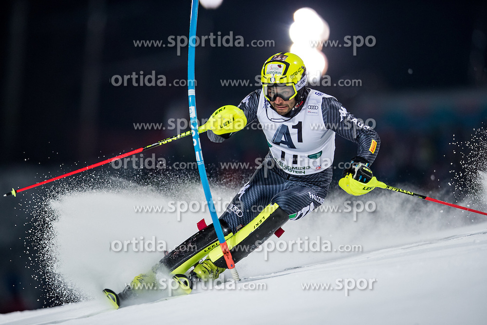 24.01.2017, Planai, Schladming, AUT, FIS Weltcup Ski Alpin, Schladming, Slalom, Herren, 1. Lauf, im Bild Patrick Thaler (ITA) // Patrick Thaler of Italy in action during his 1st run of men's Slalom of FIS ski alpine world cup at the Planai in Schladming, Austria on 2017/01/24. EXPA Pictures © 2017, PhotoCredit: EXPA/ Johann Groder