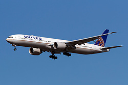 Boeing 777-300 ER (N2142U) operated by United Airlines on approach to San Francisco International Airport (KSFO), San Francisco, California, United States of America
