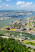 Nederland, Zuid-Holland, Rotterdam, 10-06-2015; Het Park met Euromast, Parkhaven, Muellerpier, Sint Jobshaven, Lloydkwartier. Aan de andere kant van de Nieuwe Maas de Waalhaven.<br /> Rotterdam centre with Euromast (Euro tower), smbol for the city. Newly developed former harbour ara.<br /> luchtfoto (toeslag op standard tarieven);<br /> aerial photo (additional fee required);<br /> copyright foto/photo Siebe Swart