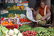 India, Uttarakhand, Rishikesh, street vendor in the market