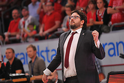 21.06.2015, Brose Arena, Bamberg, GER, Beko Basketball BL, Brose Baskets Bamberg vs FC Bayern Muenchen, Playoffs, Finale, 5. Spiel, im Bild Head Coach / Trainer Andrea Trinchieri (Brose Baskets Bamberg) beobachtet das Spiel. // during the Beko Basketball Bundes league Playoffs, final round, 5th match between Brose Baskets Bamberg and FC Bayern Muenchen at the Brose Arena in Bamberg, Germany on 2015/06/21. EXPA Pictures &copy; 2015, PhotoCredit: EXPA/ Eibner-Pressefoto/ Merz<br /> <br /> *****ATTENTION - OUT of GER*****