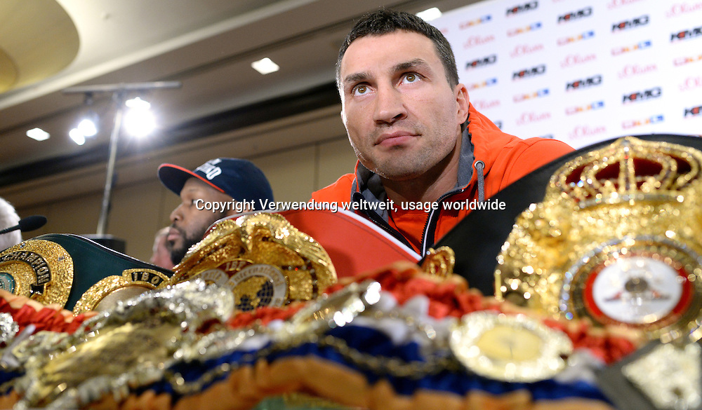 Boxer Wladimir Klitschko from Ukraine, World Heavyweight Champion in the WBA, IBF, WBO and IBO, speaks at a press conference on 22.04.2014 in Dusseldorf, Germany. The boxer Leapai of Australia competes on 26.04.2014 in Oberhausen as a challenger against Klitschko. Photo: Matthias Balk / dpa