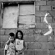 NI—OS DE PORAI - Homenaje a Mariano Diaz.Photography by Aaron Sosa.El Hatillo, Estado Anzoategui - Venezuela 2001.(Copyright © Aaron Sosa)