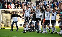 Fotball Menn Rosenborg Allstars Showkamp<br /> Lerkendal Stadion, Trondheim<br /> 19 mai 2017<br /> <br /> Begge lagene takker publikum etter kampen<br /> <br /> Foto : Arve Johnsen, Digitalsport