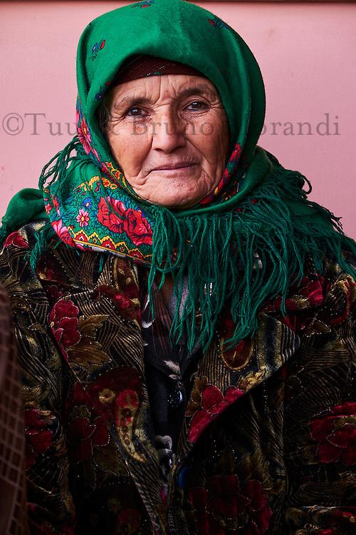 Ouzbékistan, province de Kachkadaria, Chakhrisabz, femme ouzbek // Uzbekistan, Kachka Daria region, Chakhrisabz, Uzbek woman