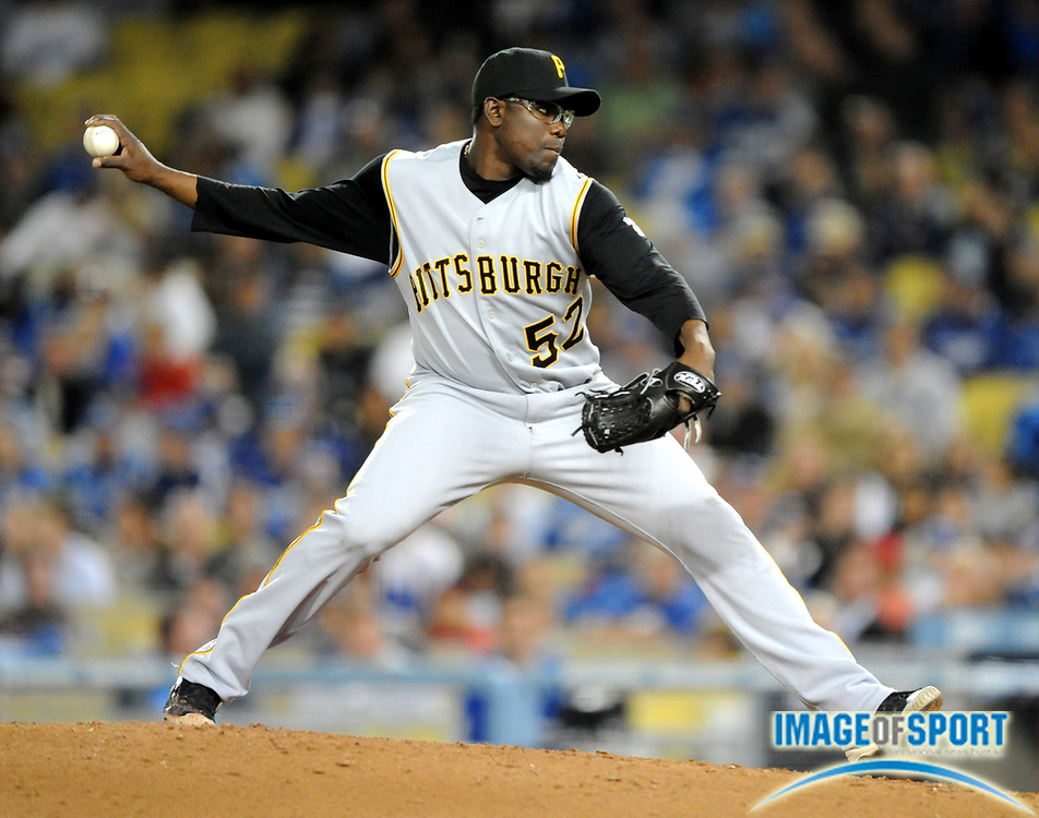 Apr 16, 2008; Los Angeles, CA, USA; Pittsburgh Pirates reliever Franquelis Osoria (52) pitches during 8-1 loss to the Los Angeles Dodgers at Dodger Stadium.