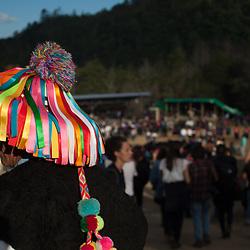 Zapatista in vestuario tipico di Chenaló, municipio del Chiapas.
