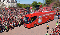 LIVERPOOL, ENGLAND - Sunday, May 12, 2019: Liverpool supporters take photos of team bus arrive with their smart phones before the final FA Premier League match of the season between Liverpool FC and Wolverhampton Wanderers FC at Anfield. (Pic by David Rawcliffe/Propaganda)
