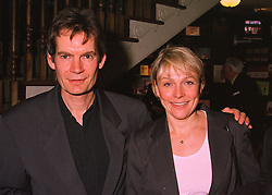 Author GRAHAM SWIFT and writer HELEN FIELDING, at a party in London on 29th April 1998.MHH 26 2OLO