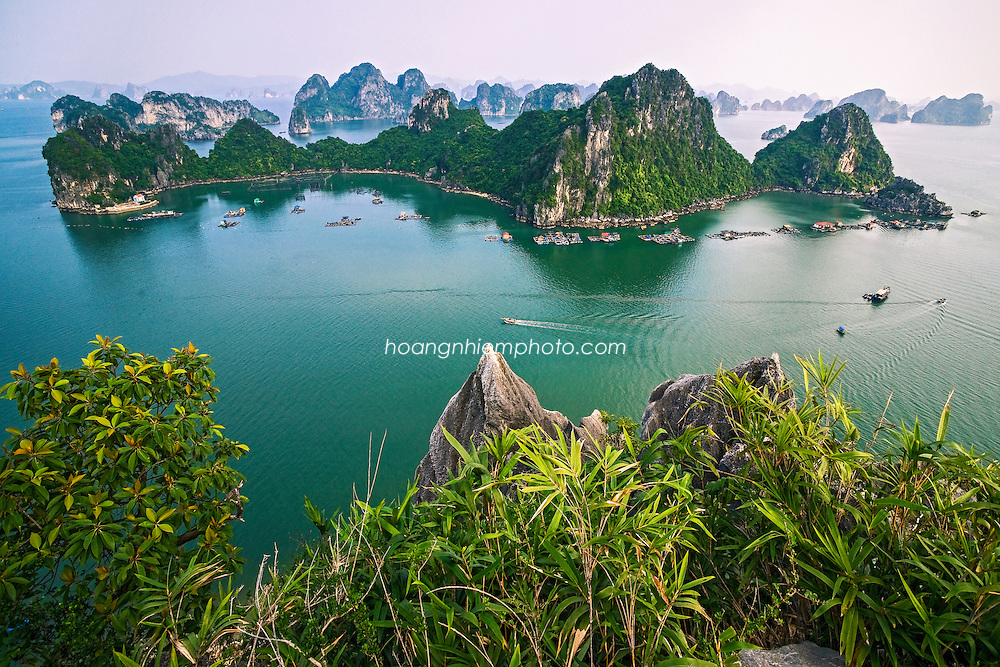 Vietnam Images-landscape-seascape-Ha Long- UNESCO Natural Heritage